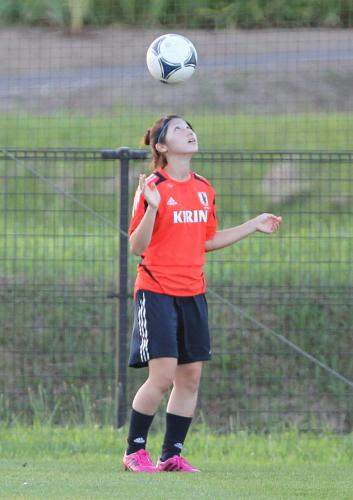 http://www.sponichi.co.jp//soccer/news/2012/08/21/jpeg/G20120821003946790_view.jpg