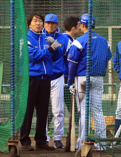 松井氏「奥様への恩返し」 亡き中畑夫人手料理に感謝のDeNA視察