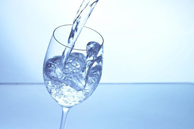 国内と海外、産地による水の違いって何?