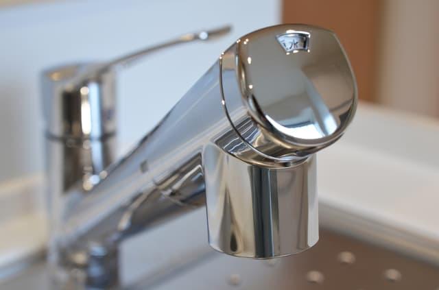 水道水を沸騰させる以外で不純物を除去する方法