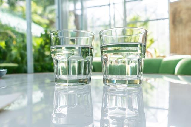 水の種類を比較