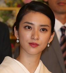 武井咲主演「黒革の手帖」視聴率...
