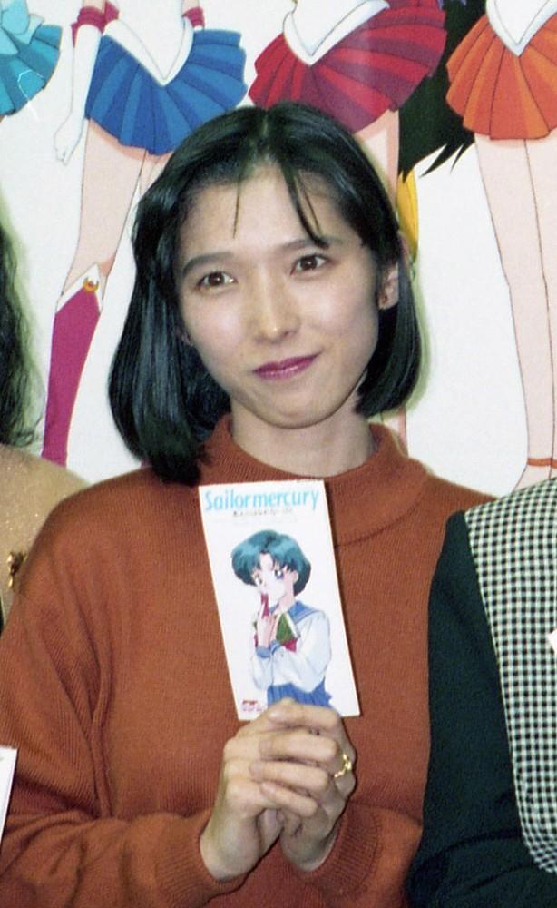 声優の久川綾(1994年撮影) ― ...