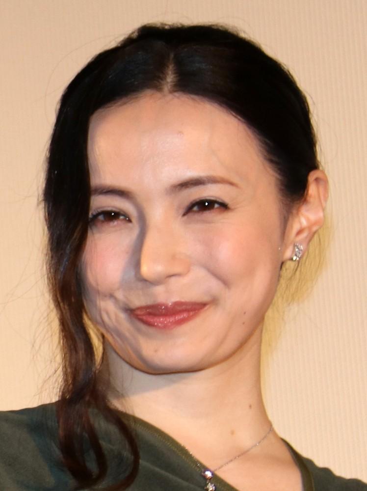 可愛い表情の美村里江