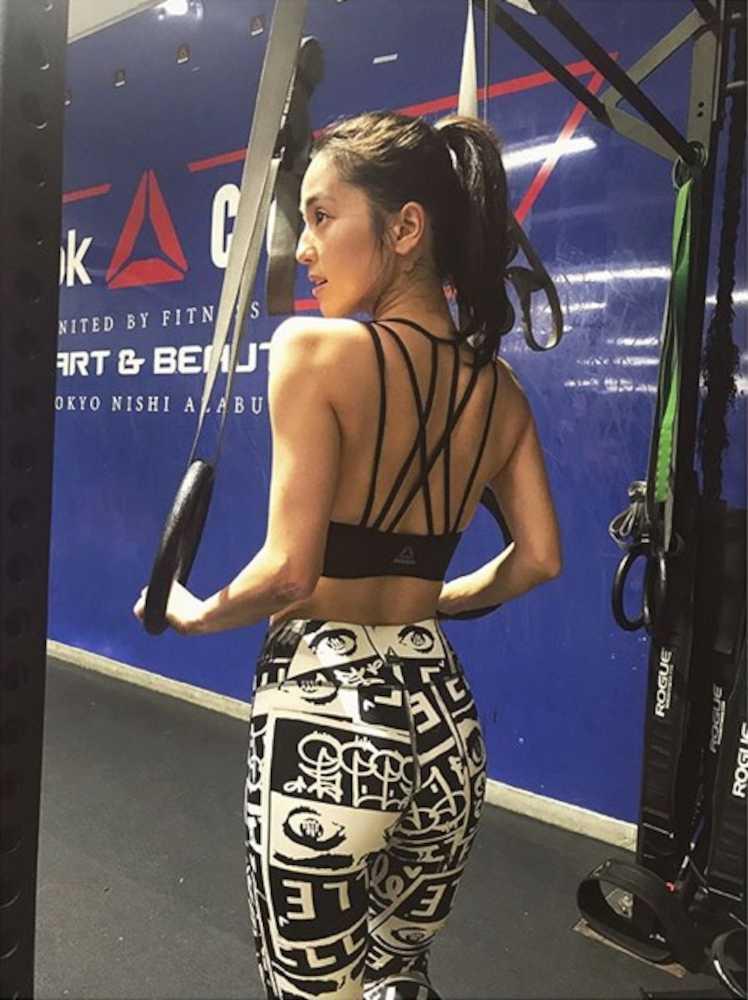 クロスフィットトレーニングで体を鍛える中村アン\u2015 スポニチ