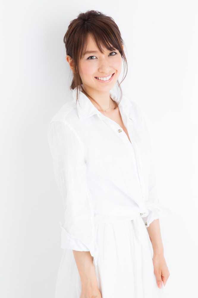この度、3年ほど前から交際しておりました女優の永夏子さんと入籍いたしました」と報告。「突然の事となってしまい、またこの場でのご報告になってしまった事、申し訳