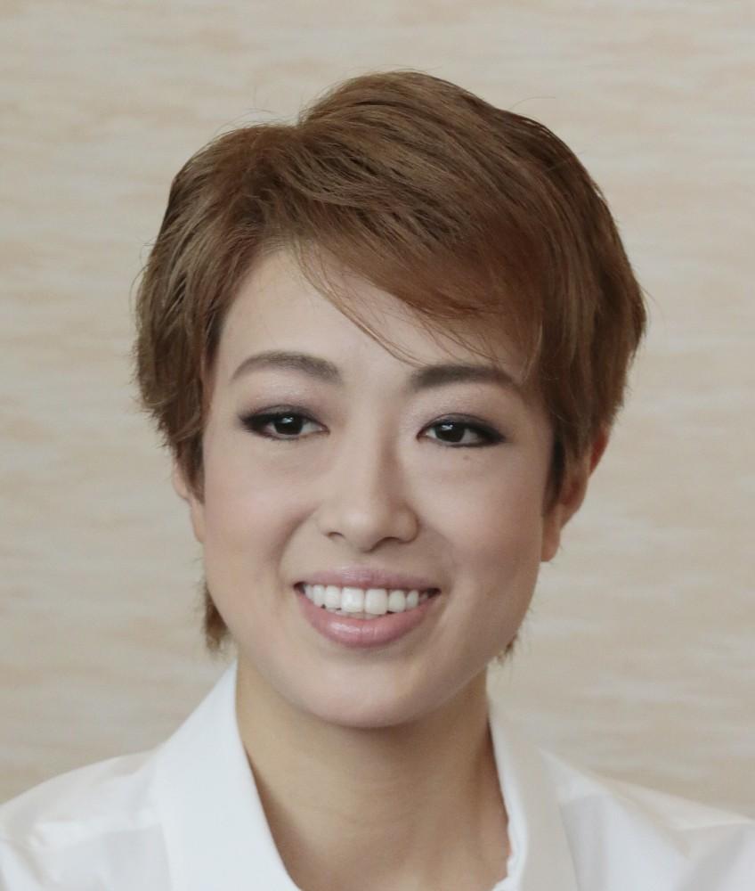 元宝塚トップスター北翔海莉 母脱税の疑いで告発に困惑も「誠心誠意 ...