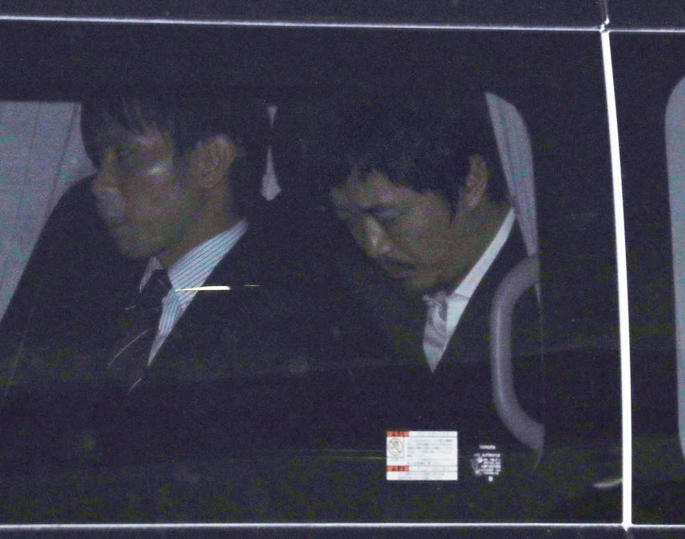 【芸能】新井浩文被告保釈…うつむき無言、示談不成立なら懲役3、4年か