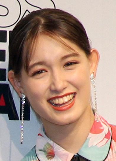 トラウデン直美の「コメント力」が話題に、「祝賀御列の儀」NHK