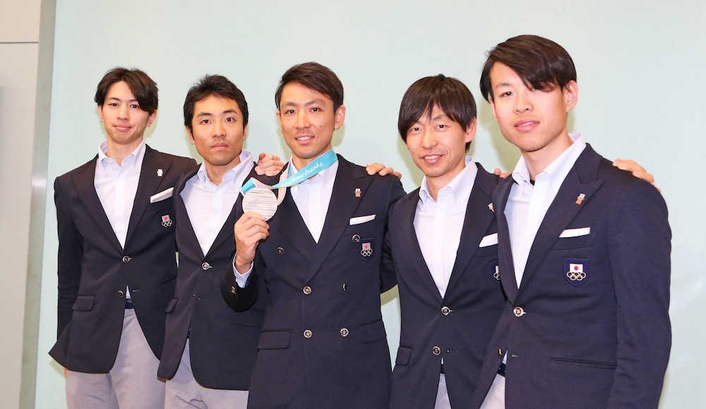 渡部暁斗 左肋骨骨折も3月のW杯出場を明言!総合Vへ「あとはW杯に向けてすべてを捧げたい」