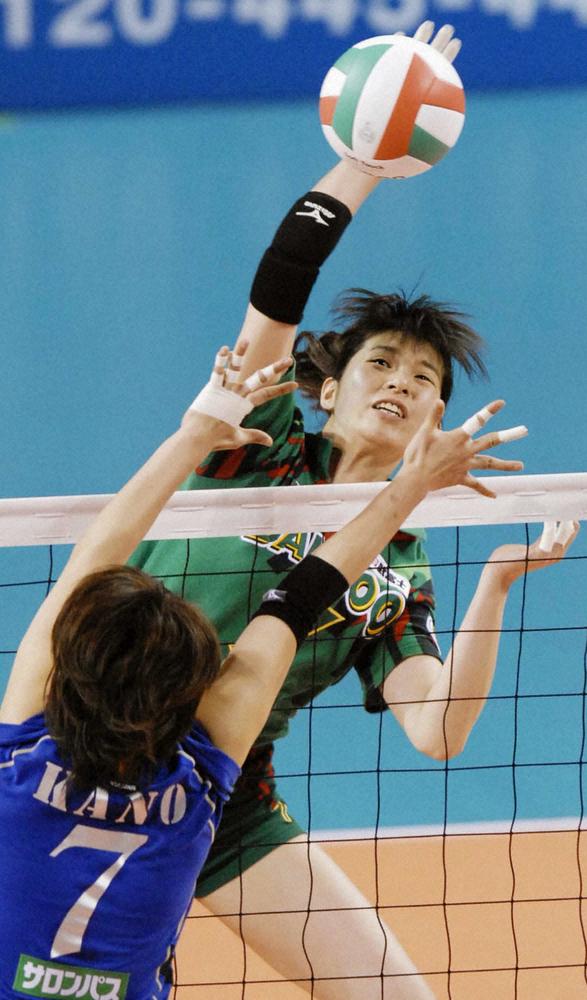 元女子バレーボール日本代表・内藤香菜子さん死去 38歳 武富士